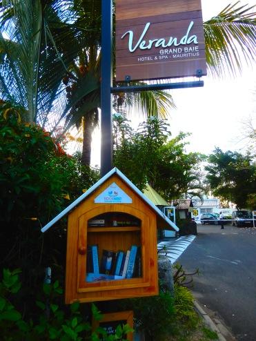 Mauritius Grand Baie Veranda Hotel Cherrylsblog.com books DSCN8614